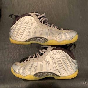 Nike Air Foamposite Metallic Camo size 11